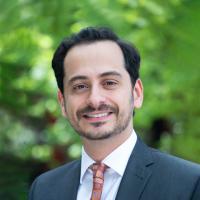 Dr  Neil Kamdar M D , Pain Management Doctor in Emeryville